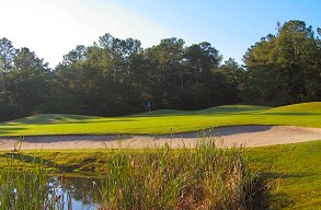 Golf course: Diamondback, Loris