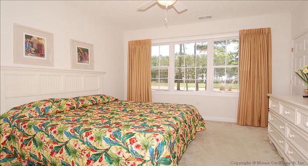 Barefoot resort golf course villas myrtle beach golf for Cheap 2 bedroom hotels in myrtle beach sc